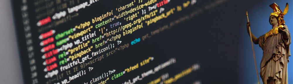 Palas Athene vor einem Stück HTML Code